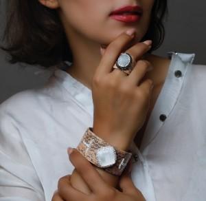دستبند و انگشتر سنگ اصل سوارسکی لومیر-تصویر 4