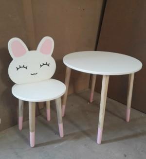میز و صندلی خرگوشی