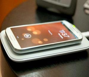 شارژروایرلس گوشی موبایل