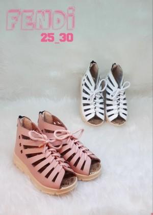 کفش دخترانه تابستونی فندی-تصویر 2