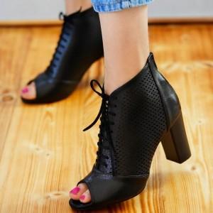 کفش بوت تابستانه