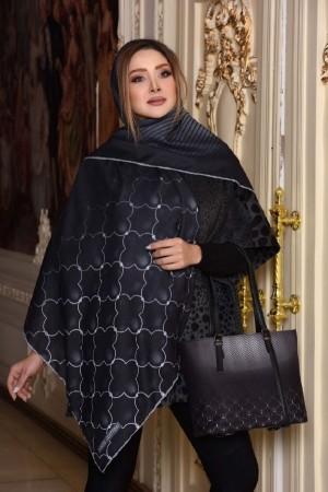 کیف و روسری مشکی