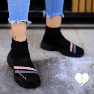 کفش راحتی لاکچری