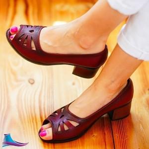 کفش پاشنه دار اشک
