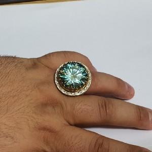 انگشتر غولپیکر منحصر به فرد الماس روسی یا موزانایت ۶۰ قیراطی-تصویر 5