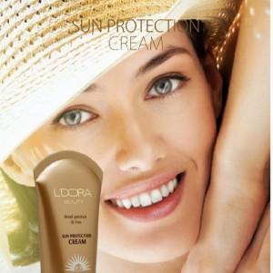 ضد آفتاب بدون رنگ و فاقد چربی SPF50 لدورا
