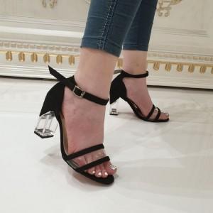 کفش پاشنه دار مجلسی