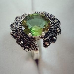 انگشتر نقره زیبای مارکازیتی با نگین الکساندریت ۷