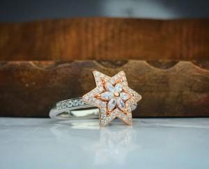 انگشترزیبای جواهری گردون طرح ستاره