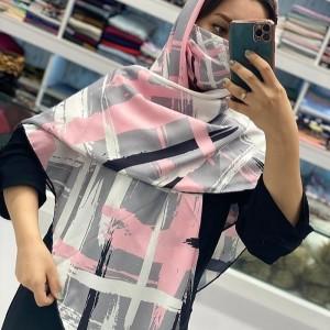 ماسک و روسری طوسی