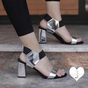 کفش آینه ای